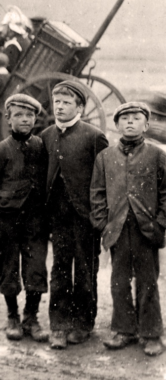 Working lads 1894